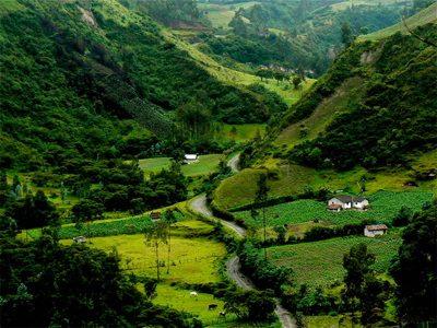 Ecuador_andes-mountains-ecuador